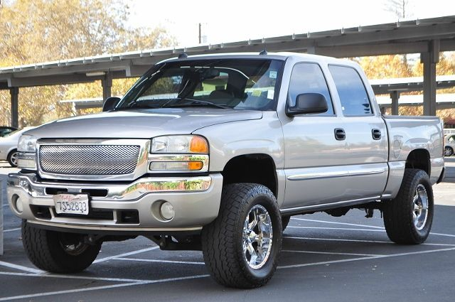 2005 GMC SIERRA 1500 SLT 4DR CREW CAB RWD SB silver we finance everybody  having trouble financi