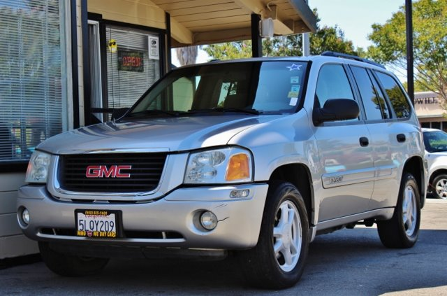 2004 GMC ENVOY SLE 4DR SUV silver we finance everybody  having trouble financing a car we gura