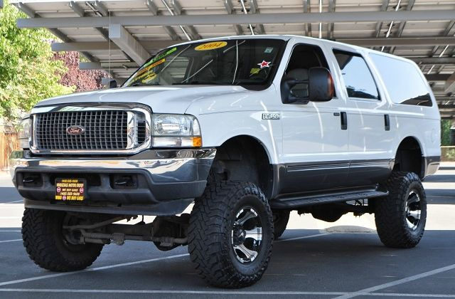 2004 FORD EXCURSION XLS 4WD 4DR SUV white we finance everybody  having trouble financing a car