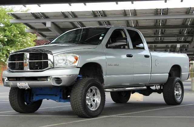 2007 DODGE RAM PICKUP 1500 SLT 4DR QUAD CAB 4WD LB gray we finance everybody  having trouble fin
