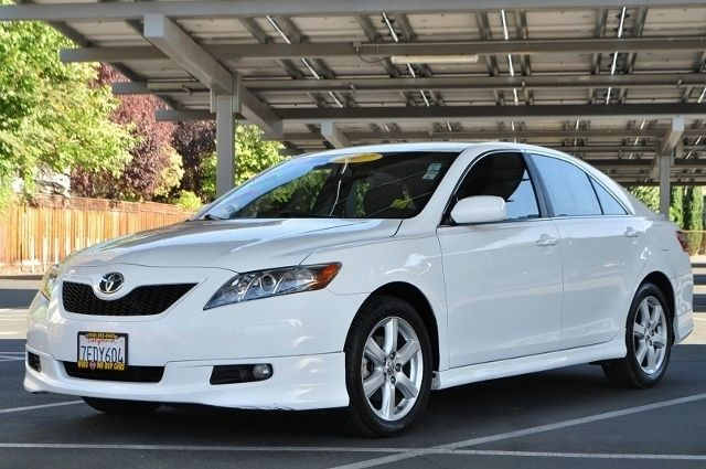 2007 TOYOTA CAMRY SE 4DR SEDAN 24L I4 5A white we finance everybody  having trouble financing