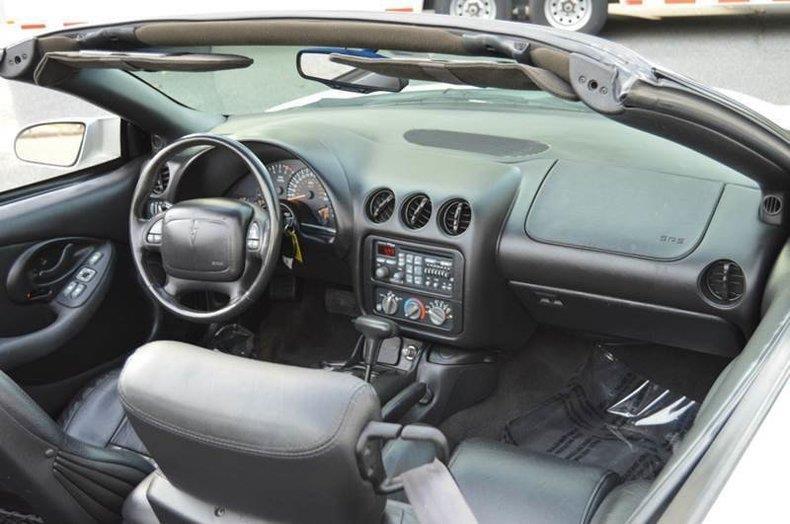 2000 Pontiac Firebird Trans Am 2dr Convertible - Springfield MA