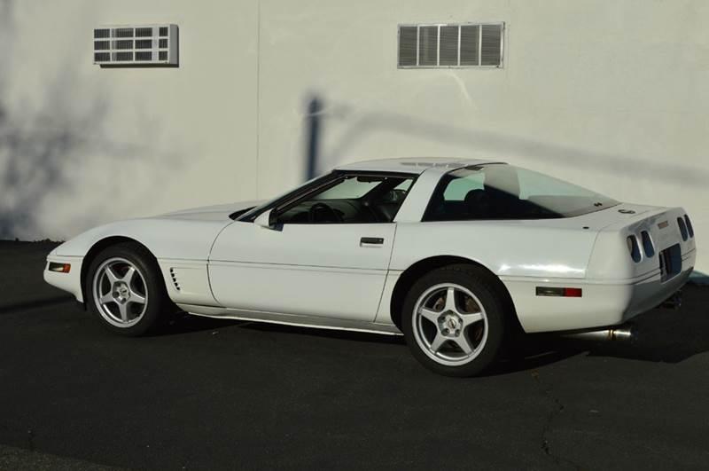 1996 Chevrolet Corvette Base 2dr Hatchback - Springfield MA