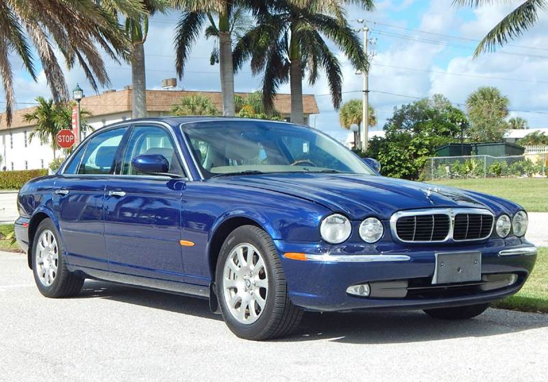 2004 jaguar xj series xj8 4dr sedan in lake park fl ve auto rh veautogallery com Jaguar Maintenance Manuals 2004 Jaguar XJ8 Blue