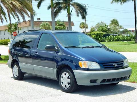 2002 Toyota Sienna for sale in Lake Park, FL