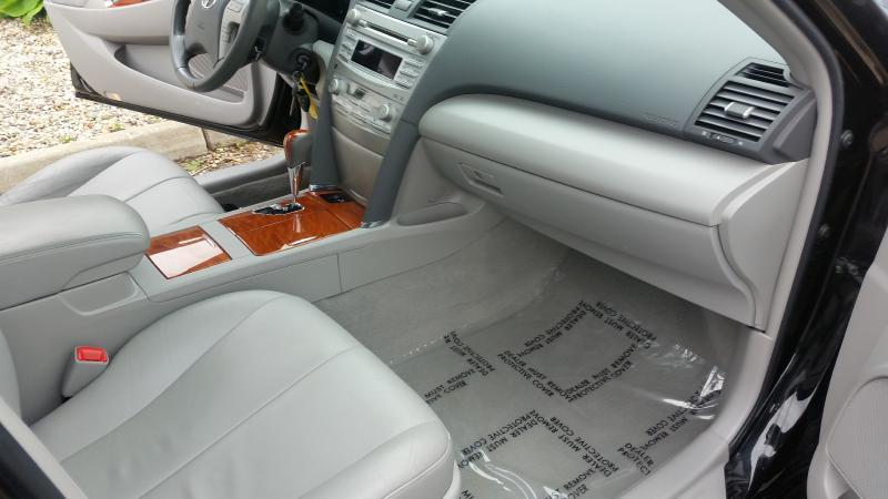 2011 Toyota Camry  PREMIUM XLE - Spirit Lake IA