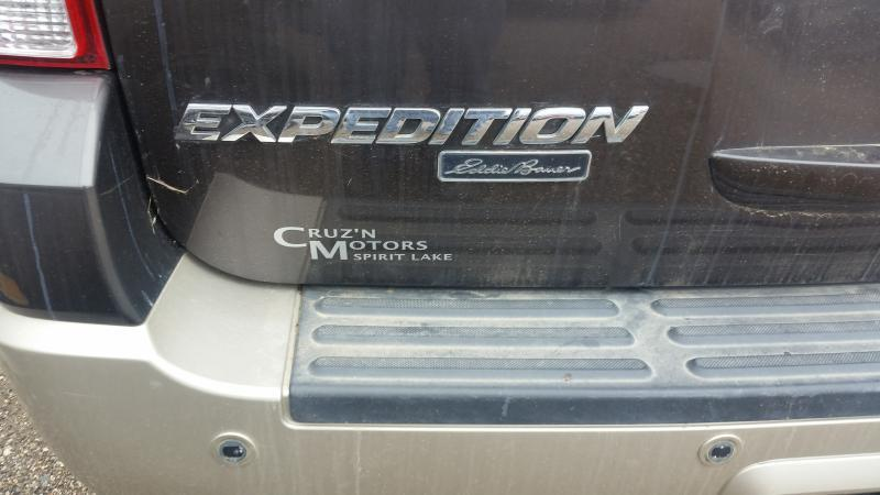 2005 Ford Expedition EDDIE BAUER 4X4 - Spirit Lake IA