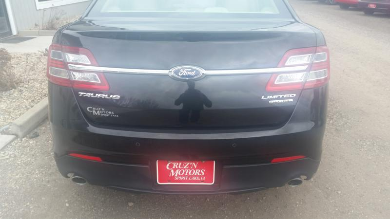 2015 Ford Taurus Limited 4dr Sedan - Spirit Lake IA