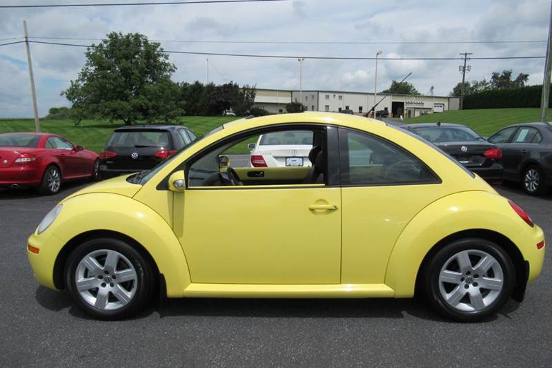2007 Volkswagen New Beetle 2.5 2dr Coupe (2.5L I5 6A) - New Holland PA