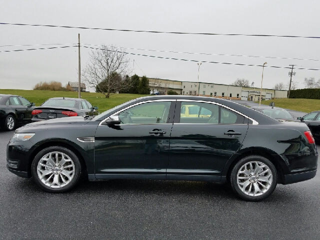 2014 Ford Taurus Limited 4dr Sedan - New Holland PA
