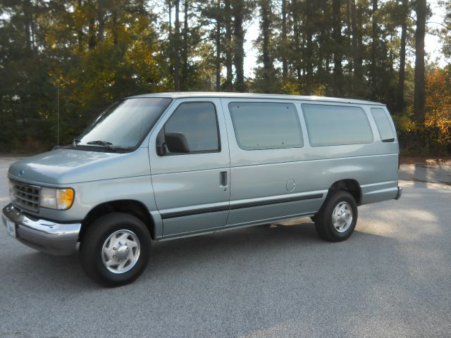 1995 Ford E350 Wagon