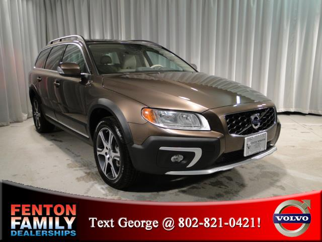 New 2015 Volvo XC70 T6 AWD 4dr in East Swanzey NH at ...