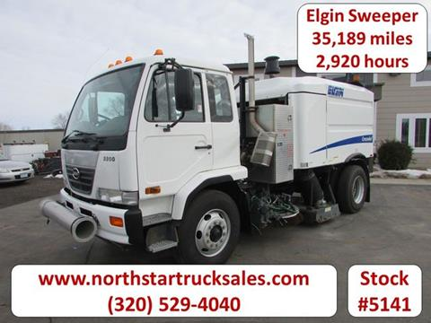2009 UD Trucks UD3300 for sale in St Cloud, MN