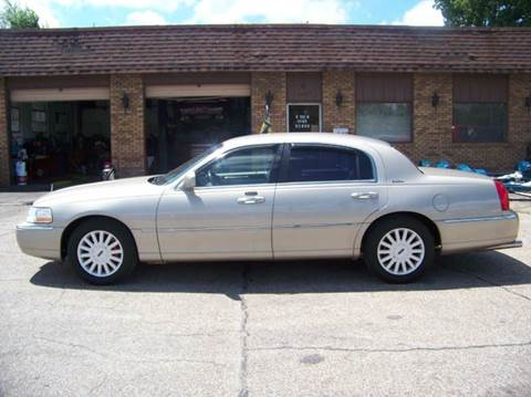 2005 Lincoln Town Car for sale in Decatur, IL