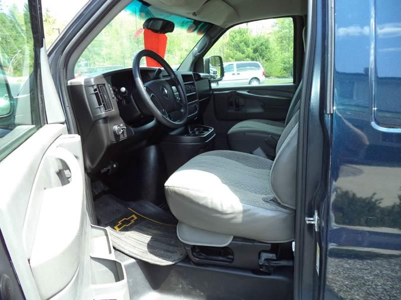 2008 Chevrolet Express 2500 Cargo - Chichester NH