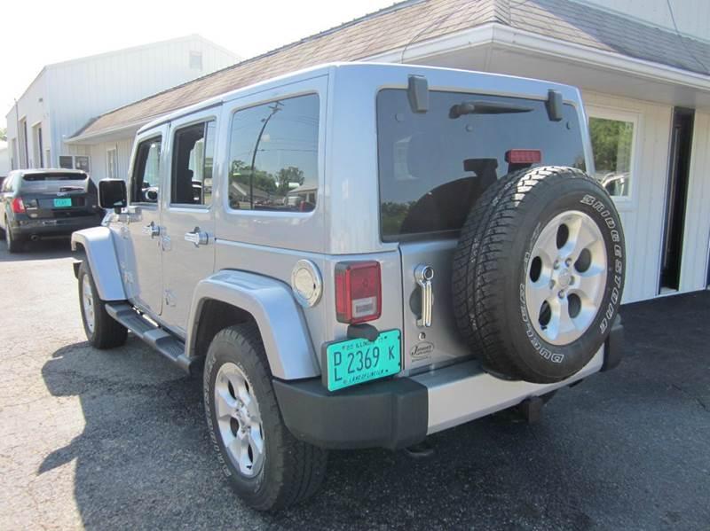 2014 Jeep Wrangler Unlimited 4x4 Sahara 4dr SUV - Effingham IL