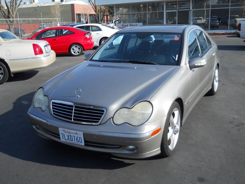 2004 Mercedes Benz C Class C230 Kompressor 4dr Sedan In