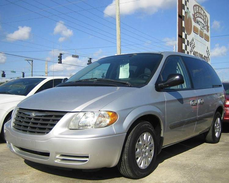 2006 chrysler town and country 4dr mini van in orlando fl. Black Bedroom Furniture Sets. Home Design Ideas