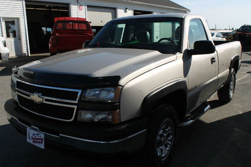 2006 Chevrolet Silverado 1500 Work Truck 2dr Regular Cab 4WD 6.5 ft. SB - Hermon ME
