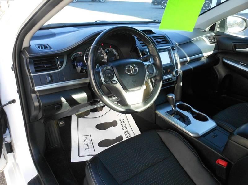2013 Toyota Camry SE 4dr Sedan - Hermon ME