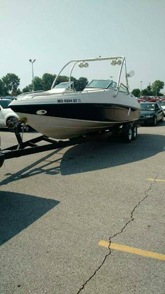 1995 Crown 266 Bow Rider  - Hardin IL