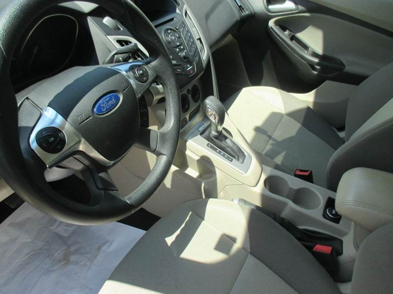 2012 Ford Focus SE 4dr Sedan - Hardin IL