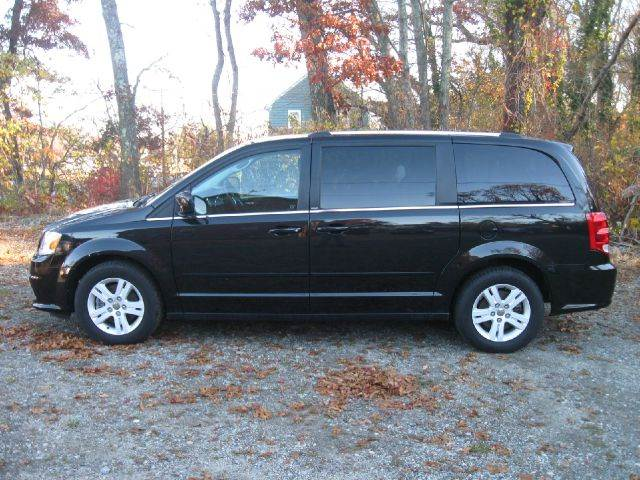 2013 Dodge Grand Caravan Crew 4dr Mini-Van - Westport MA