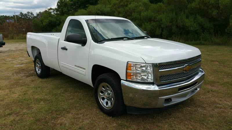 2013 CHEVROLET SILVERADO 1500 LT 4X2 2DR REGULAR CAB 8 FT LB white this is one great looking tru
