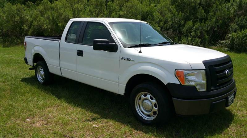 2010 FORD F-150 XL 4X2 4DR SUPERCAB STYLESIDE 6 white are you looking for an exceptionally clean