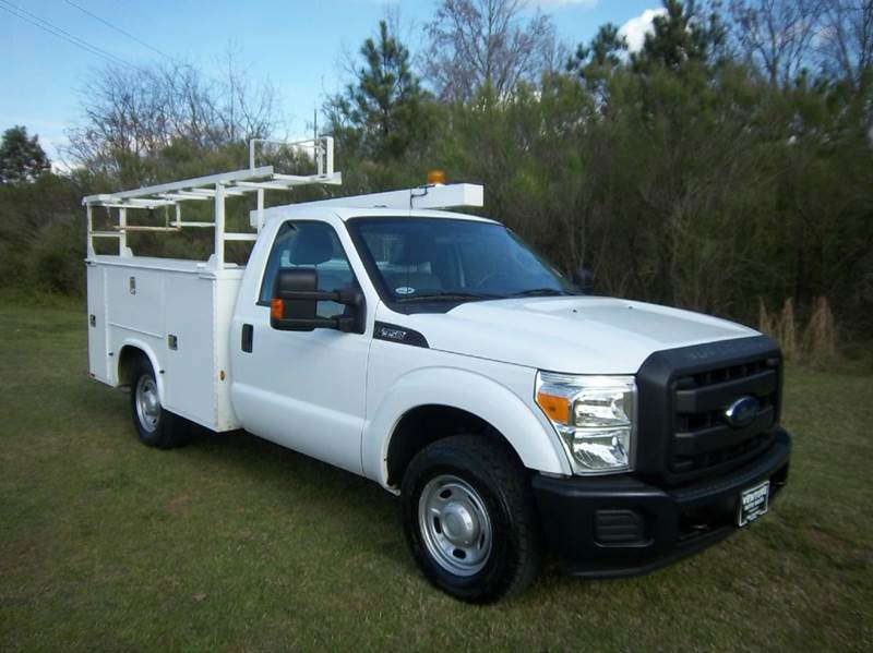 2012 FORD F-350 XL SERVICE TRUCK 2DR REG CAB SERVICE BODY white this is my favorite service body