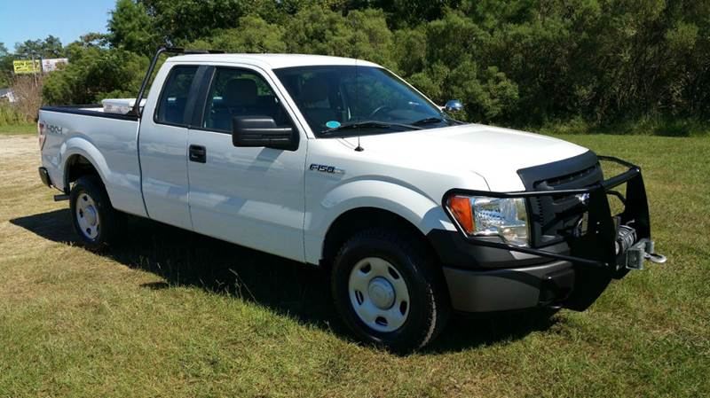 2009 FORD F-150 XL 4X4 4DR SUPERCAB STYLESIDE 6 white looking for a great hunting truck look no