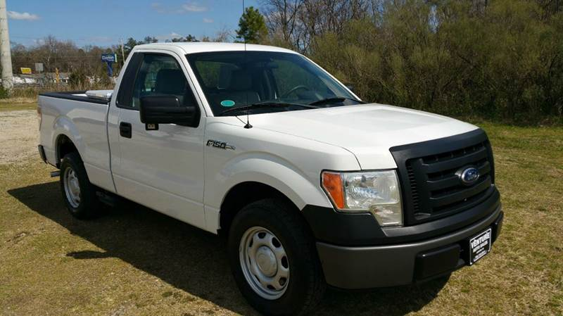 2010 FORD F-150 XL 4X2 2DR REGULAR CAB STYLESIDE white really nice regular cab short bed with a