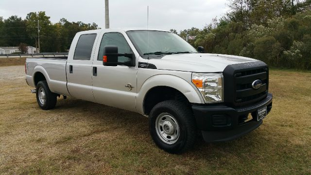 2011 FORD F-250 SUPER DUTY XL 4X4 4DR CREW CAB 8 FT LB PIC silver 67 powerstroke diesel that is