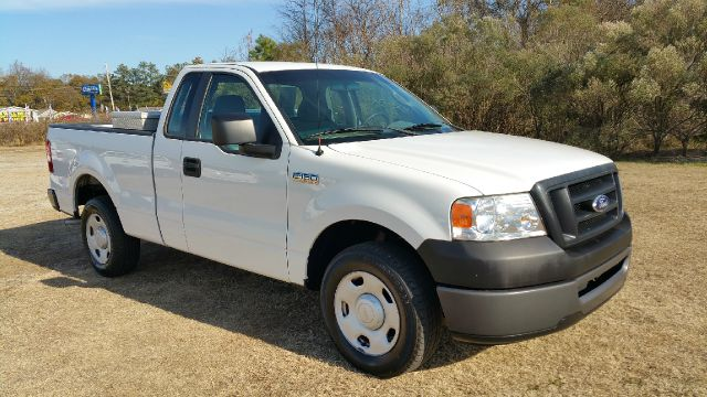 2008 FORD F-150 XL 4X2 PICKUP REGULAR CAB 2DR white regular cab with lots of extra space behind th