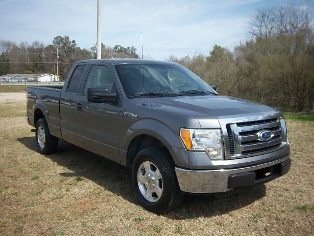 2010 FORD F-150 XLT 4X2 4DR SUPERCAB STYLESIDE 6 charcoal grey this truck has got the look char