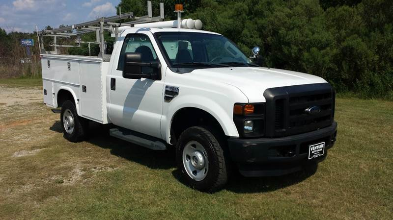 2009 FORD F350 XL 4X4 SERVICE TRK 2DR 4X4 REG CAB white are you looking for a heavy duty service