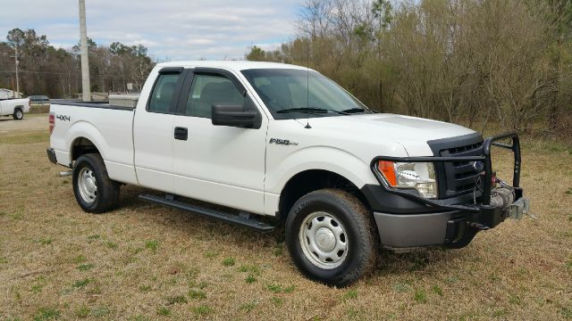2010 FORD F-150 XL 4X4 4DR SUPERCAB STYLESIDE 6 white if you like to go off road this is your t
