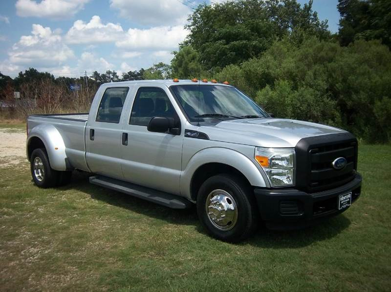 2011 FORD F-350 SUPER DUTY XL 4X2 4DR CREW CAB 8 FT LB DRW silver this is a really nice crew cab