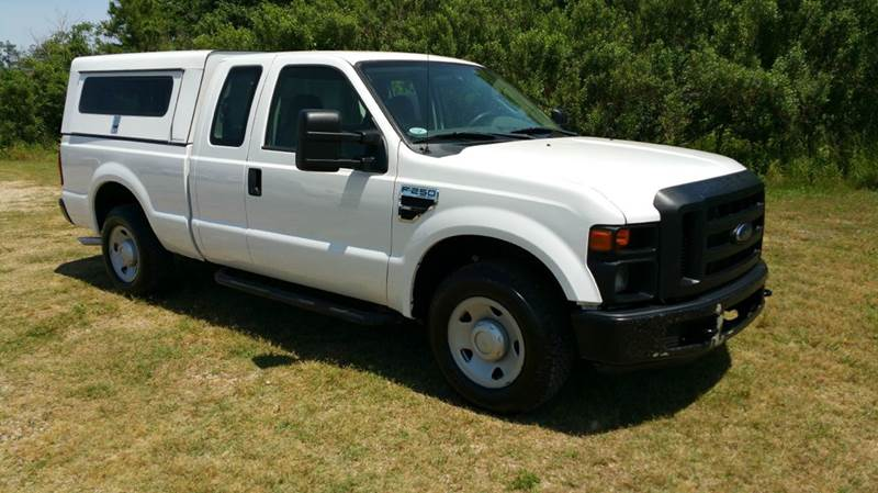 2009 FORD F-250 SUPER DUTY XL 4X2 4DR SUPERCAB 68 FT SB P white exceptionally clean f250 extend