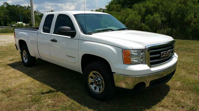 2012 GMC SIERRA 1500 SL 4X2 4DR EXTENDED CAB 65 FT white this truck has got the look all powe
