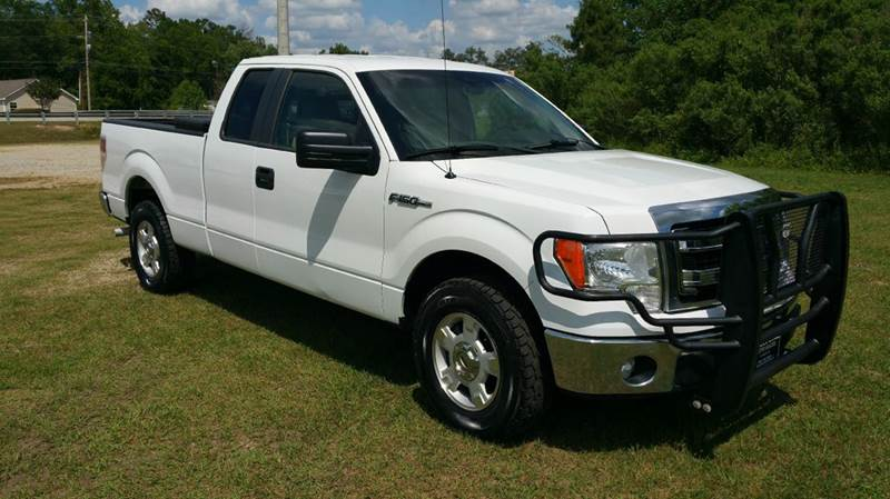 2014 FORD F-150 XLT 4X2 4DR SUPERCAB STYLESIDE 6 white this is a like new truck without the new pr