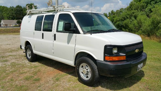 2008 CHEVROLET 2500 EXPRESS CARGO 3DR EXPRESS white great work van really nice loads rite ladde