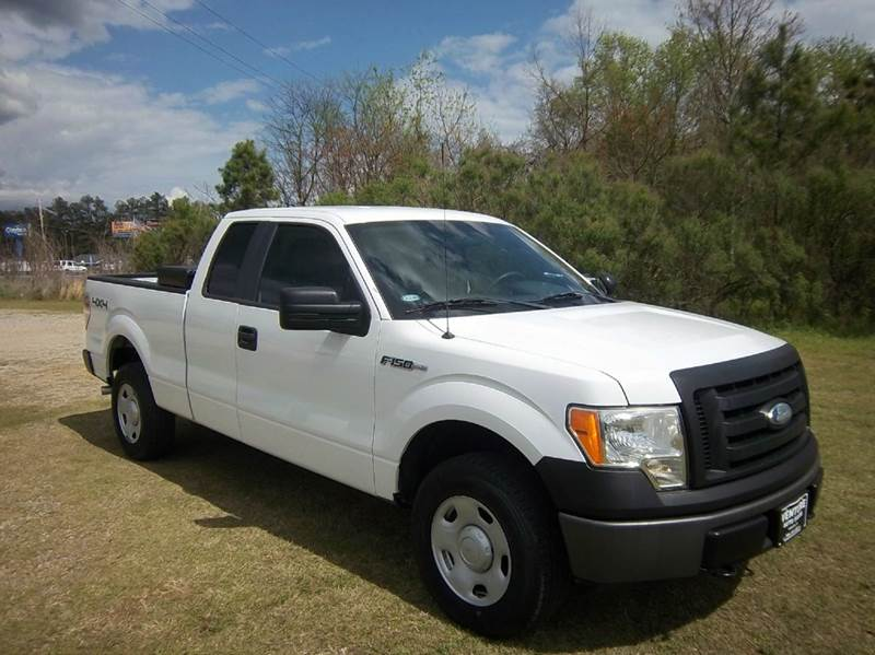 2009 FORD F-150 XL 4X4 4DR SUPERCAB STYLESIDE 6 white you can have fun with this 4x4 f150 shor