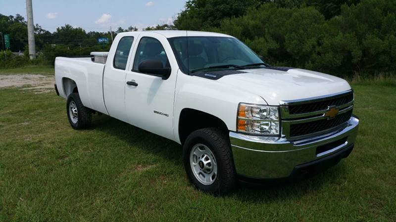2013 CHEVROLET SILVERADO 2500HD 4X2 4DR EXTENDED CAB LB white this was a one owner fleet truck th