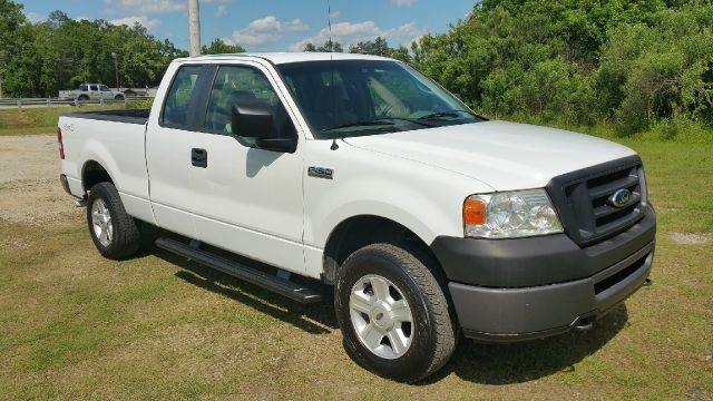 2008 FORD F-150 XL 4X4 PICKUP EXTENDED CAB 4DR white this truck is extra sharp 4x4 short bed e