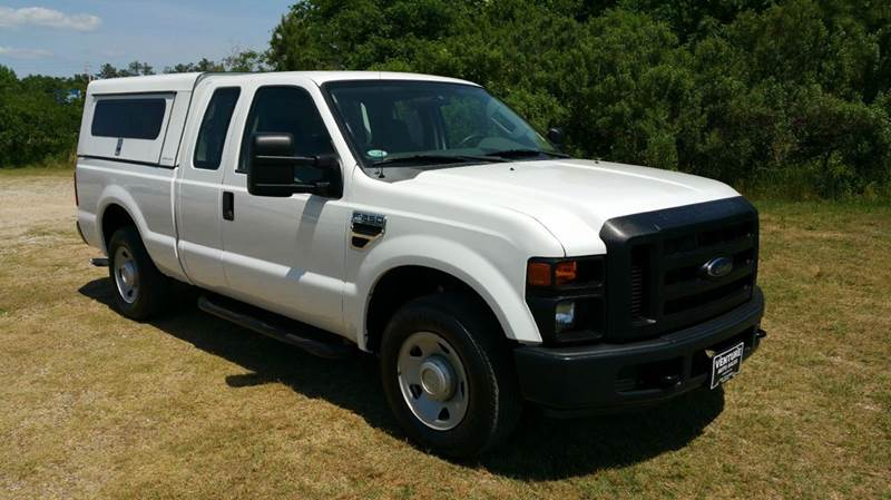 2009 FORD F-250 SUPER DUTY XL 4X2 4DR SUPERCAB 68 FT SB P white wow this truck has everything