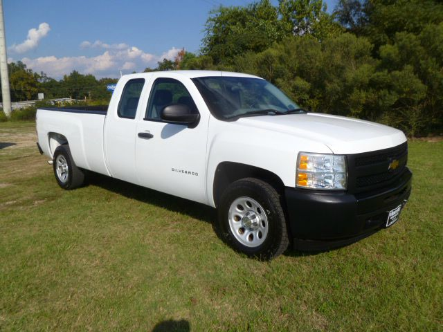 2010 CHEVROLET SILVERADO 1500 4X2 4DR EXTENDED CAB 8 FT LB white one owner fleet truck that has b
