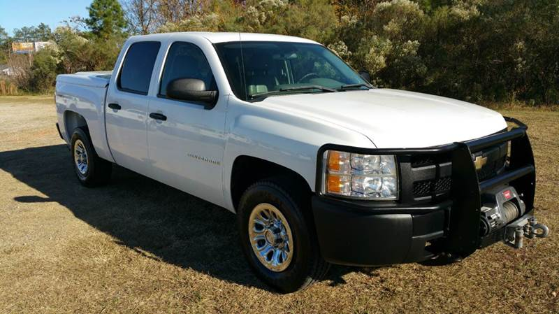 2009 CHEVROLET SILVERADO 1500 4X4 4DR CREW CAB SB white crew cab 4x4 short bed with a warn win