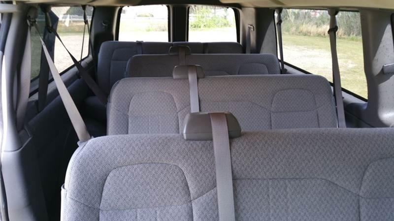 2013 Chevrolet Express Passenger LT 3500 3DR Extended Passenger V