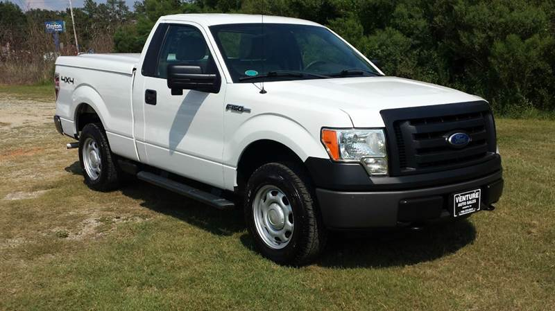 2010 FORD F-150 XL 4X4 2DR REGULAR CAB STYLESIDE white 4x4 regular cab short bed will make a gre